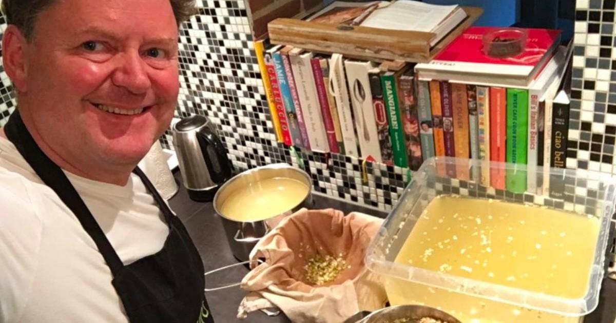 Het maken van de siroop