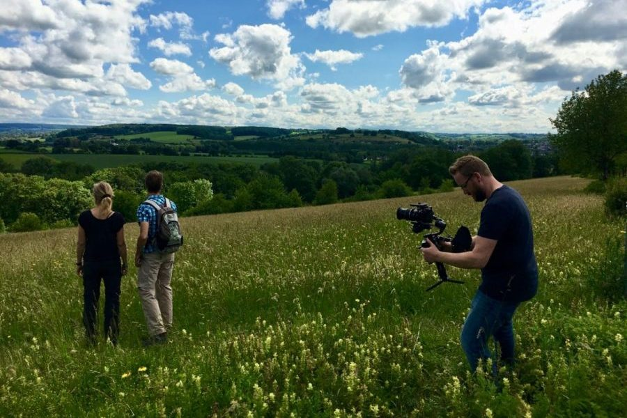 Douglas Robson filmt de omgeving van Dalauro Bed & Breakfast