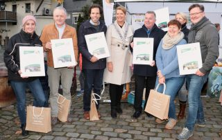 Burgemeester huldigt ambassadeurs Cittaslow op Hubertusmarkt
